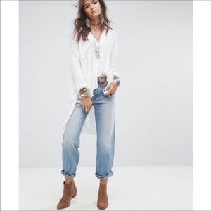 Free People Light Wash Boyfriend High Rise Jeans